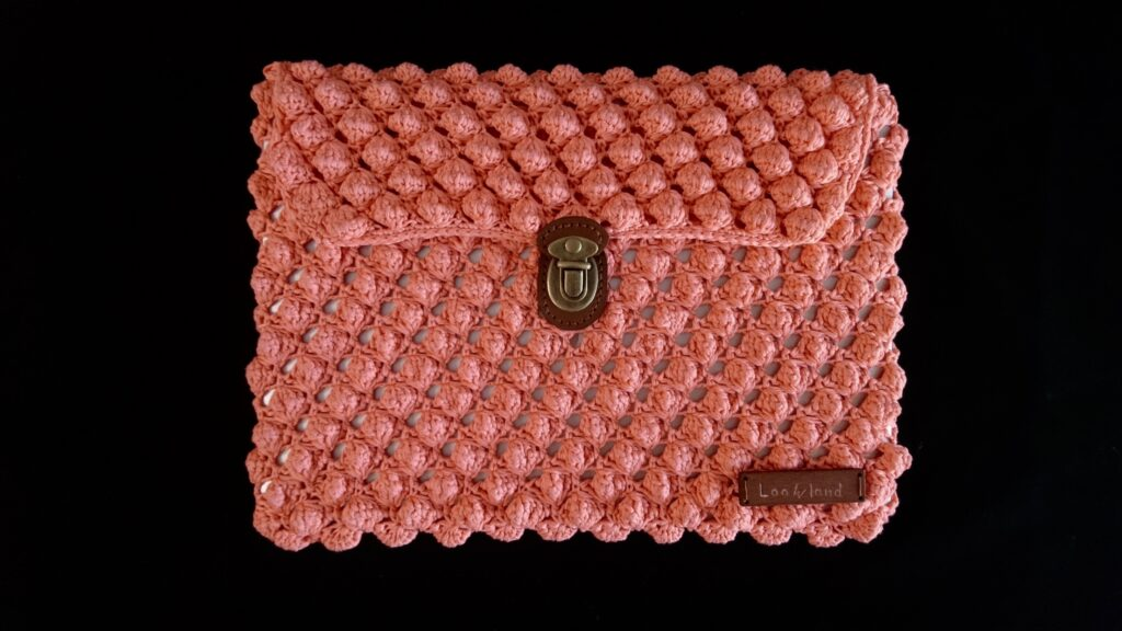 Crochet lap top bag