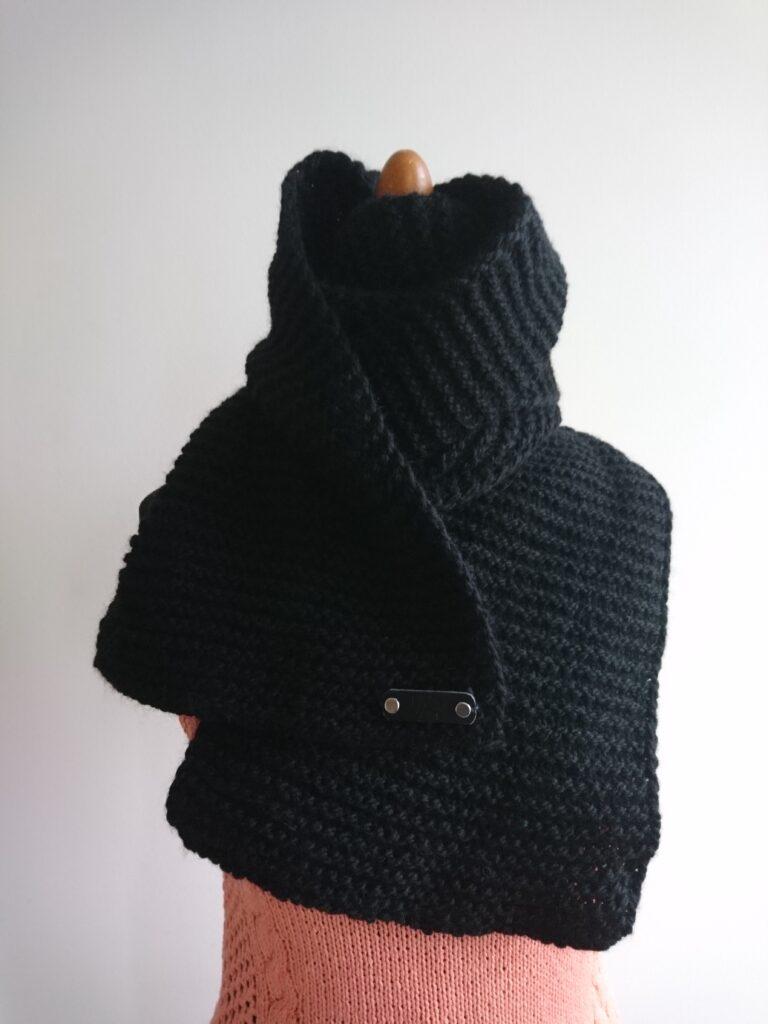 Sossu scarf black